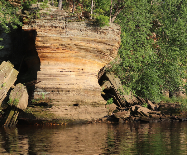 Wisconsin Dells Rock cropping