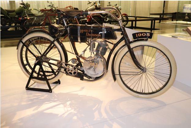 1905 Harley Davidson