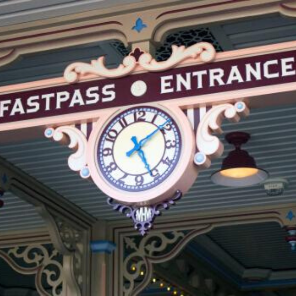 Disney Fastpass Entrance