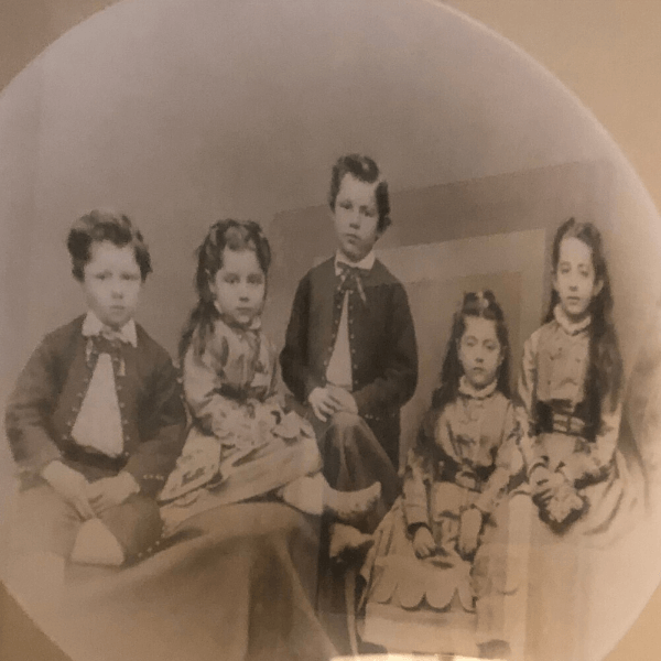 Photo of the Pabst children