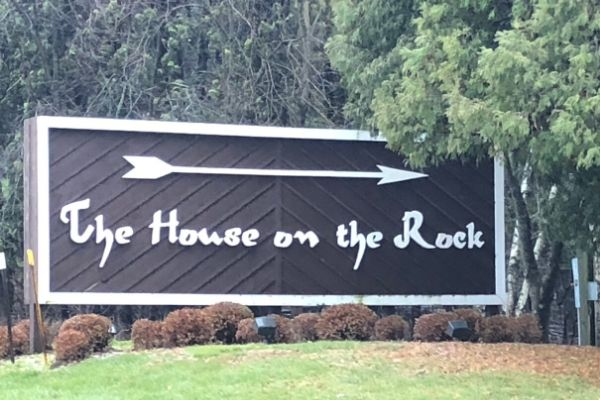 The House on the Rock Sign