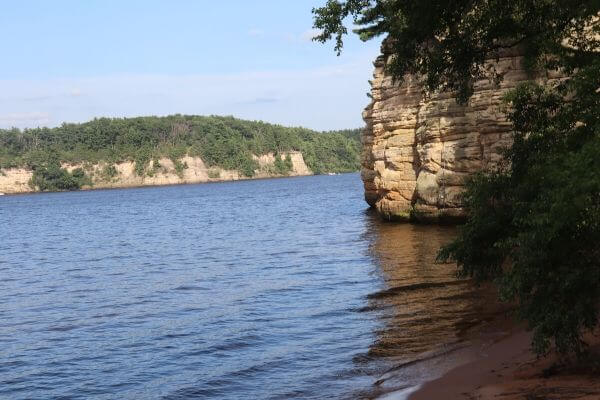 Wisconsin Dells waterways made by a serpent