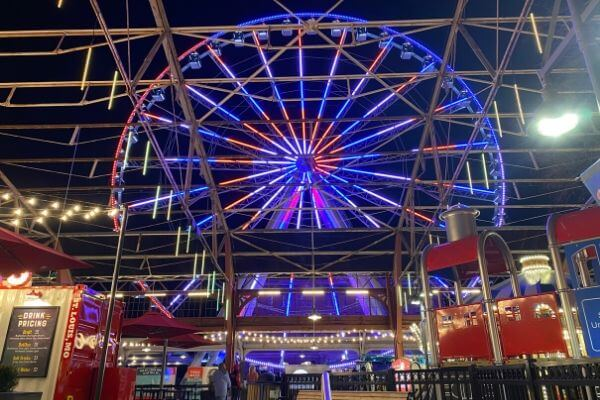 Union Station Attractions - The Wheel