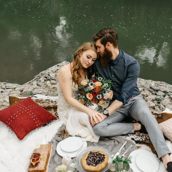 35 At Home Date Night Ideas | That Are Fun and Romantic