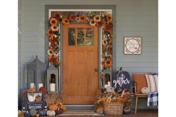Kirkland's front door