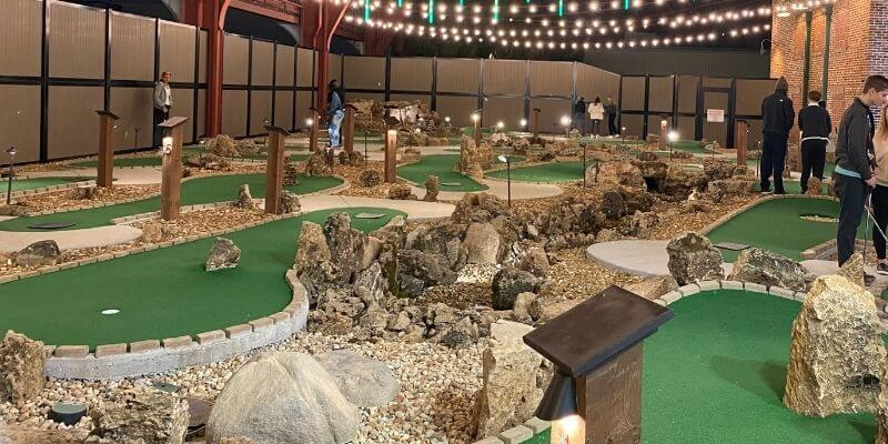 Union Station Mini Golf