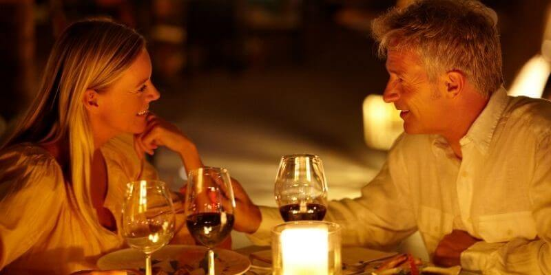 A romantic candlelight date