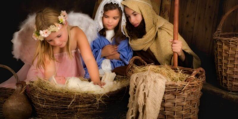 tradition of attending a christmas eve pageant